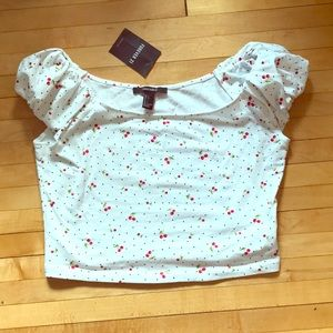 Forever 21 Cherry Crop Top NWT Sz L🍒